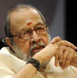 எம்.ஜி.ஆர் பிழைச்சது என் தாலி பாக்கியம் மட்டுமில்ல. அது இந்த வாலி பாக்கியத்தாலும்தான்!